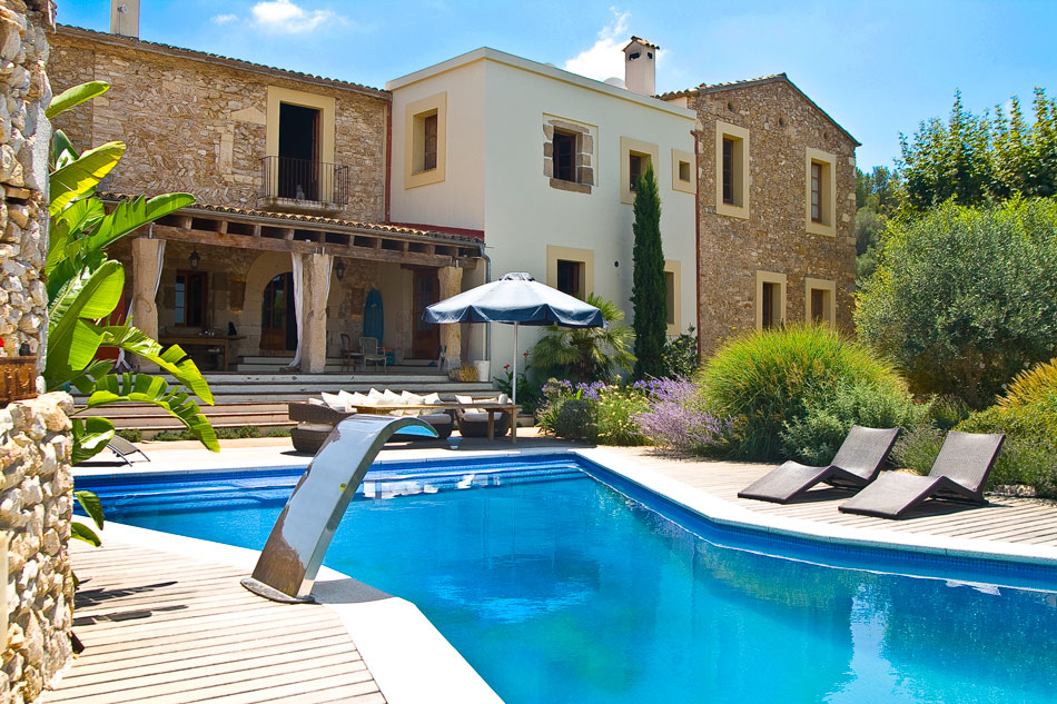 Luxury Barcelona villas